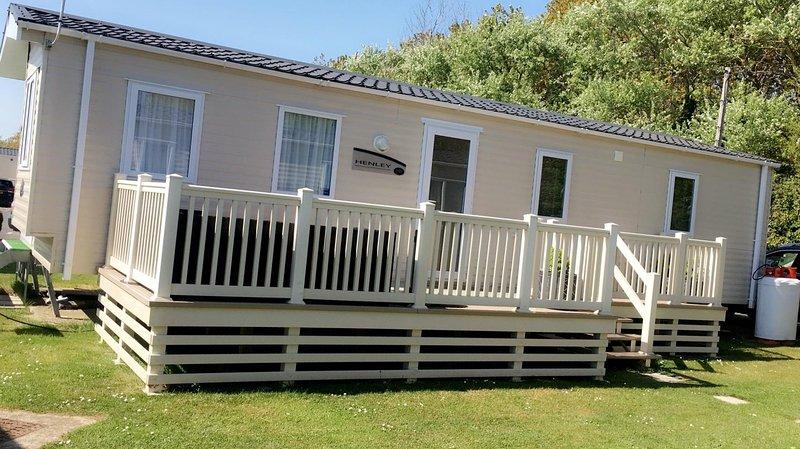 PnB Holiday Home, aluguéis de temporada em Selsey