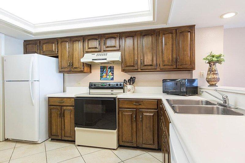 Ocean Vista 205 área de cocina