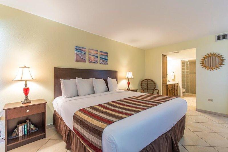 Ocean Vista 205 Dormitorio