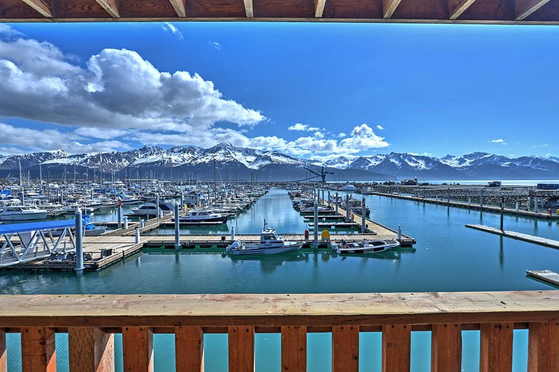The balcony offers unprecedented views of the boats in the bay.