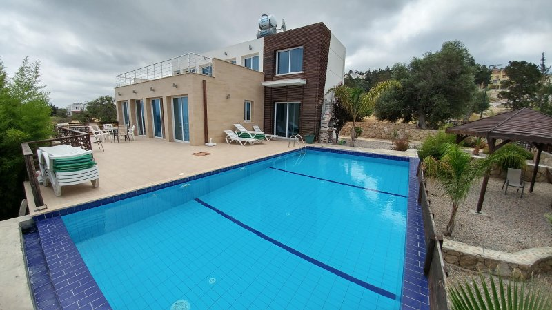 Eden Villa, up to 10 people, private swimming-pool, free wifi, seaview, holiday rental in Alevkaya