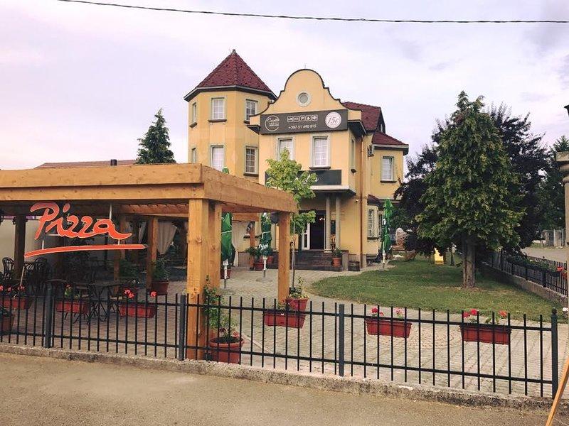 pizzabar˛&rooms Casetta, holiday rental in Banja Luka