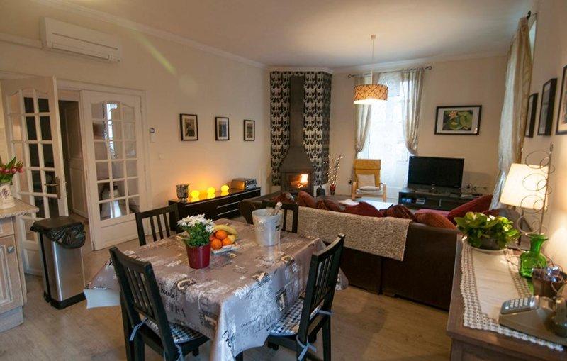Ria apartment, location de vacances à Prades