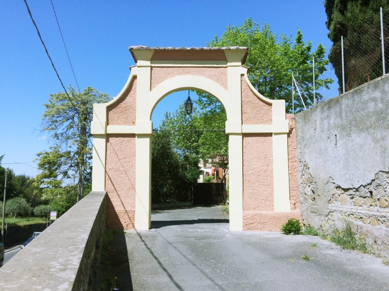 Newly renovated 1 bed apartment in 19th century Villa, Ferienwohnung in Frascati