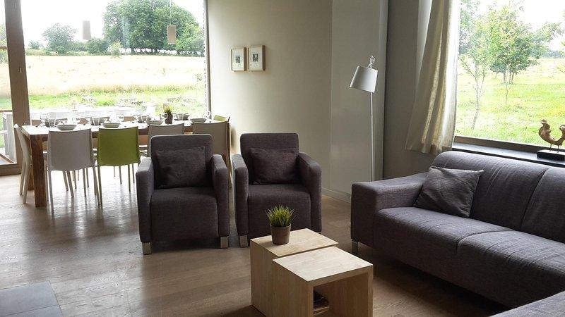 LE RENARD, mooi huis met haard en finse sauna, rolstoelvriendelijk, te Engreux, holiday rental in Bertogne