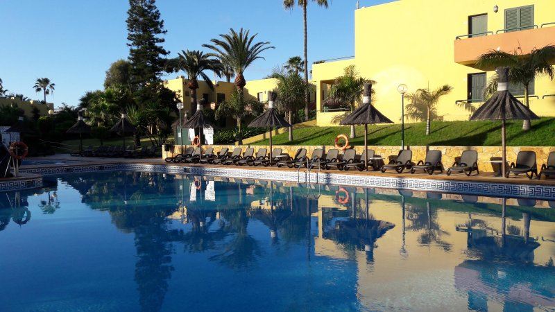 ATLANTIC GARDEN CORALEJO - Private, Quiet, Air conditioned 1st floor Apartment, holiday rental in Fuerteventura