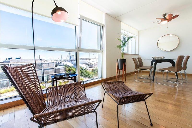 APT IN LISBON ORIENTE DUPLEX | 2 Quartos, vacation rental in Montijo