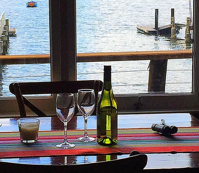Dangar Island Boatshed Bliss - Absolute waterfront, private jetty, casa vacanza a Hornsby