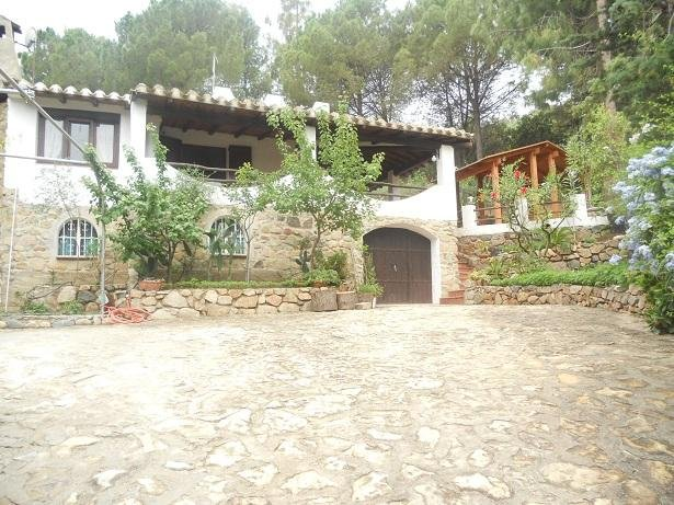 Casa indipendente con ampio giardino alberato, Torre delle stelle Sardegna, alquiler de vacaciones en Geremeas