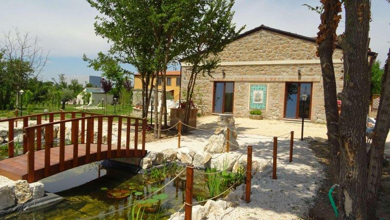 AGRITURISMO IL PIOPPETO - Bilocale Tulipano, holiday rental in Sant'Elia Fiumerapido
