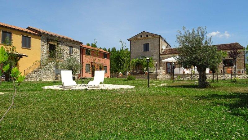 AGRITURISMO IL PIOPPETO - Bilocale Margherita, holiday rental in Sant'Elia Fiumerapido