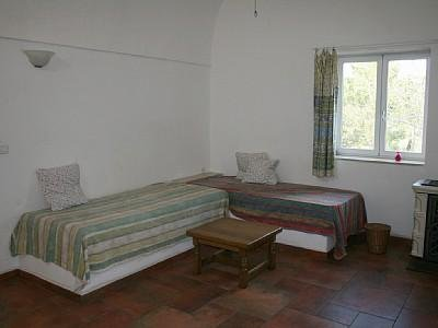 Room 1, with 2 single beds