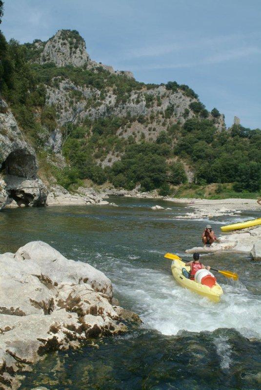 Labeaume, fiume Ardèche e le scogliere 3km