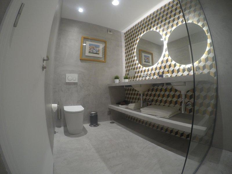 DESIGN APARTMENT AT VILAMOURA,ALGARVE - GREAT LOCATION, vacation rental in Vilamoura
