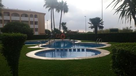COMPLEJO LAGO AZUL CON AIRE ACONDICIONADO SALON REF A277, holiday rental in Piles