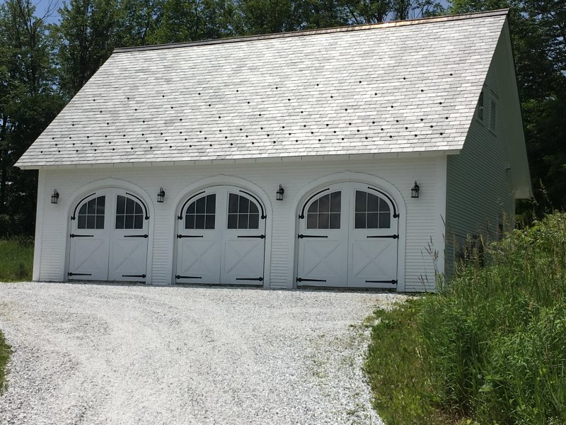 Carriage House (Front Parking)