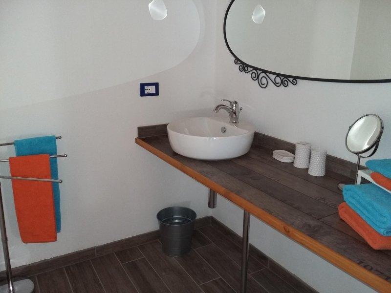 bath ZAFFIRO
