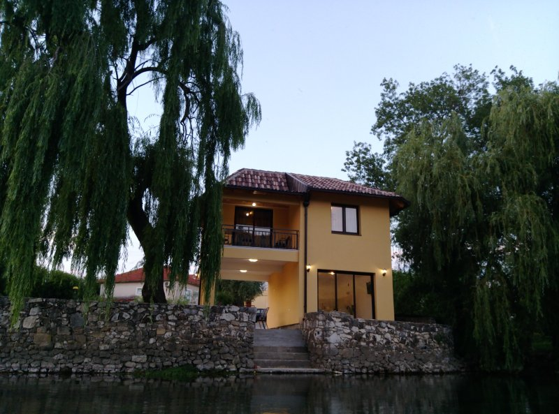 River House Buna - Mostar, casa vacanza a Siroki Brijeg