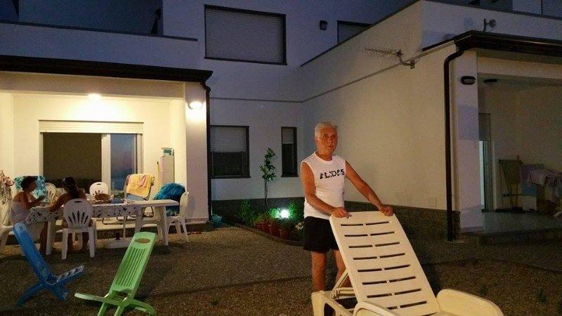 casa a 20 metri dal mare ristrutturata in bioedilizia classe energetica A+, holiday rental in Patti