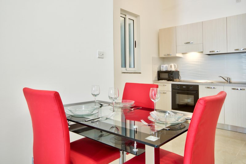 Perfect match price and quality 1-bedroom, vacation rental in San Gwann