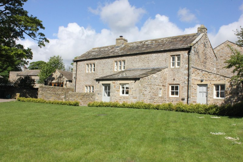 beautiful grade ii listed yorkshire dales cottage sleeps 8 updated rh tripadvisor com