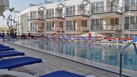 Ático en Arena Suites, holiday rental in Puerto de Santiago