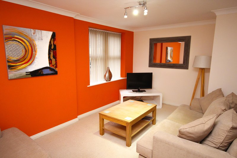 Properties Unique - Collingwood Mews Apartments (2 Bed), holiday rental in Heddon-on-the-Wall