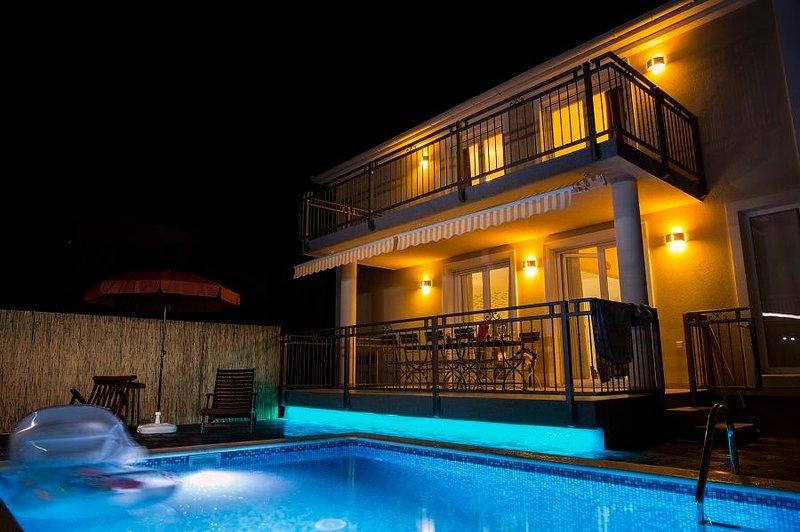 Terrazza con piscina