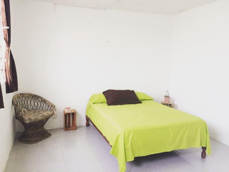 Quiet and private room, holiday rental in Bacalar