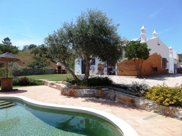 Beautiful Quinta with pool in the countryside, holiday rental in Sao Marcos da Serra