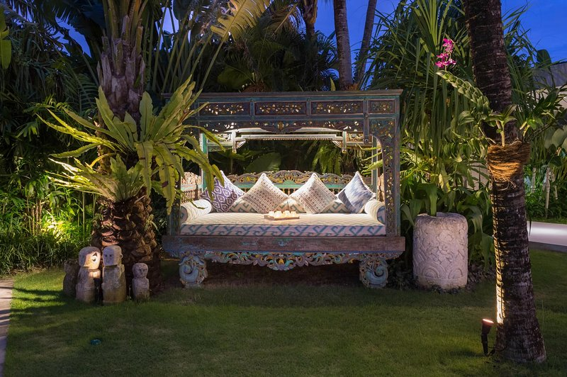 Jardin Nook, Villa Zambala
