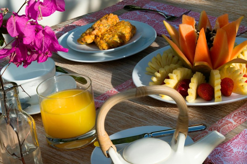 Petit-déjeuner à la Villa Zambala, Berawa Beach, Bali