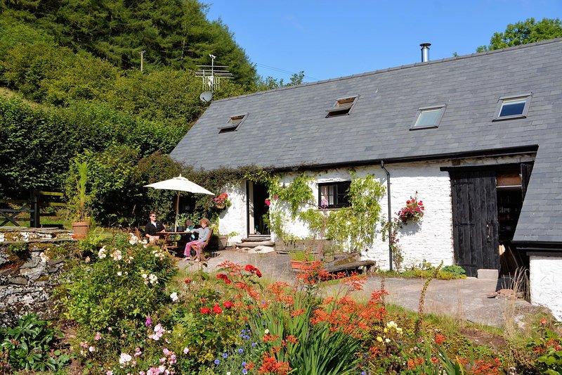 Gilfach Barn Cottage, casa vacanza a Llandovery