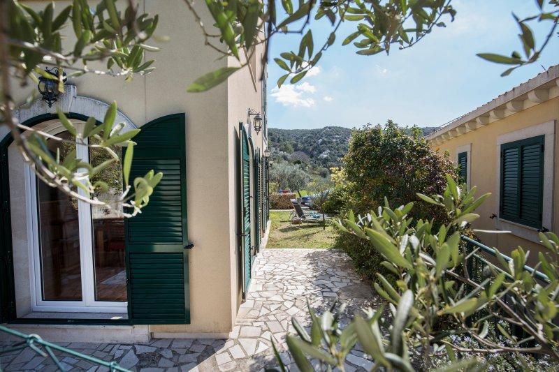 Villa Judita near Dubrovnik, holiday rental in Slano