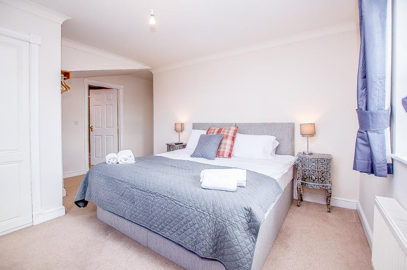 The Boulevard Apartment, holiday rental in Knapton