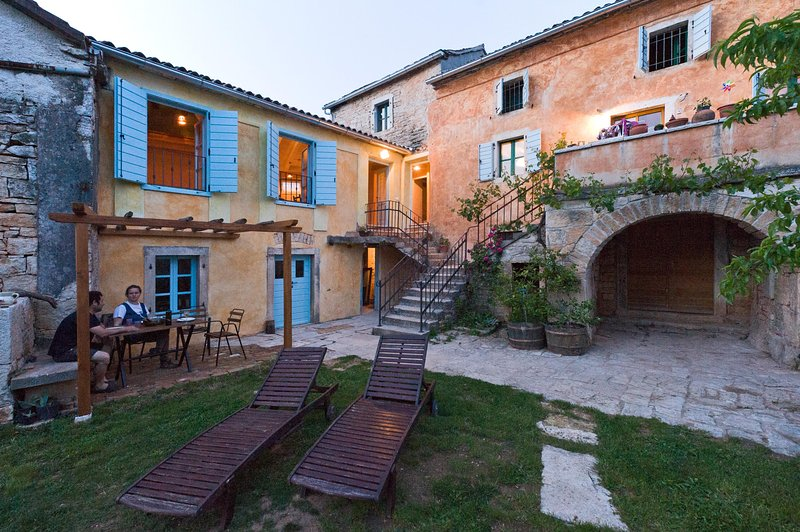 Sartoria, holiday rental in Zminj