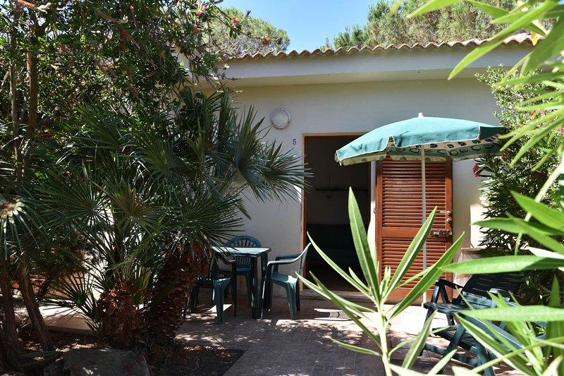 Villino pineta San Pietro al Mare, holiday rental in Valledoria