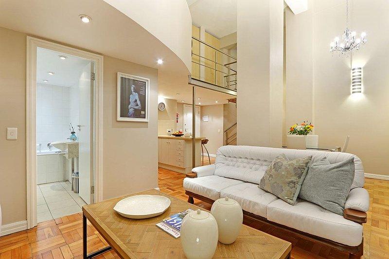 Acacia Place Apartment è un molto elegante una camera da letto nel cuore di Città del Capo
