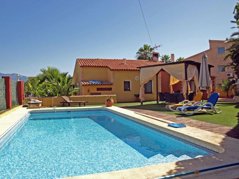 VILLA CARMEN, holiday rental in L'Alfas del Pi