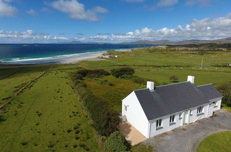 Cottage 202 - Renvyle - 202 - Renvyle Cottage - Ocean Views, location de vacances à Tully