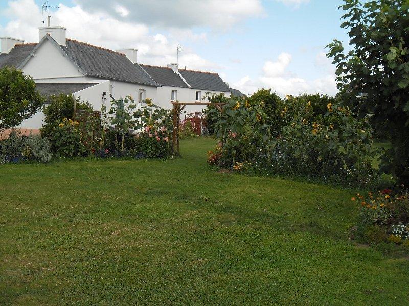 La maison est en vente et n'est plus à louer...!!!, holiday rental in Plouguerneau