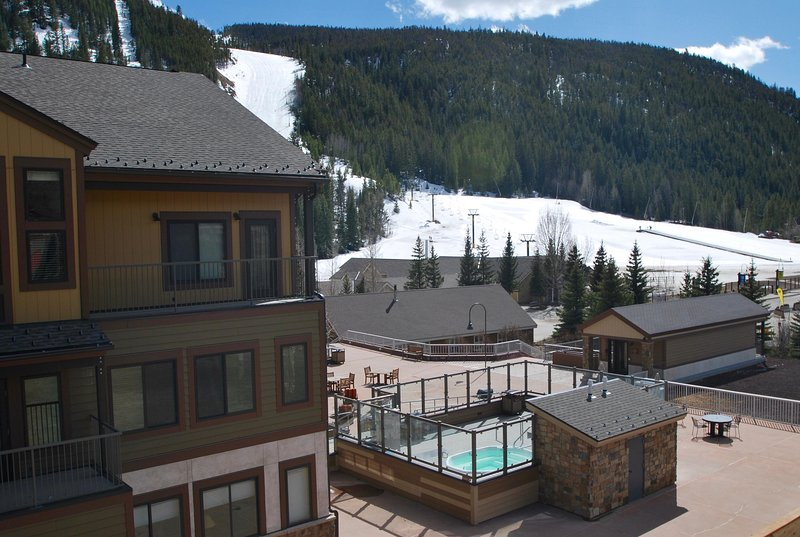 Fantastic location, exterior/interior remodel!  New hot tubs/firepit, ski slope and ski school views