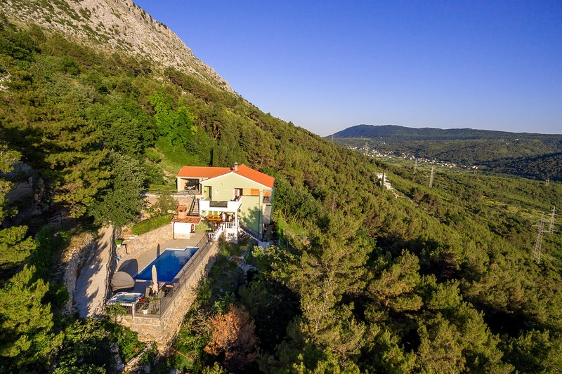 Apartment Stela with private whirpool and private pool, vacation rental in Kotlenice
