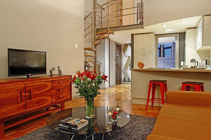 Afribode's Georgina Loft, holiday rental in Walmer Estate
