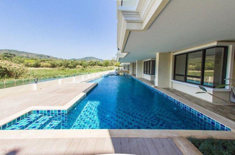 New spacious apartment on Naiharn beach (8 mins walk to the sea)
