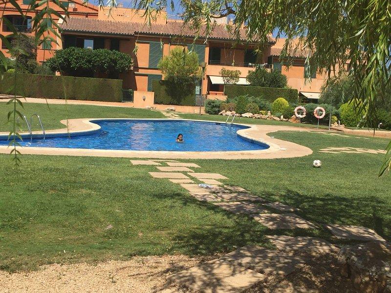 Apartamento Marina Sant Jordi illa 28 ( Ametlla de Mar), vacation rental in L'Ametlla de Mar