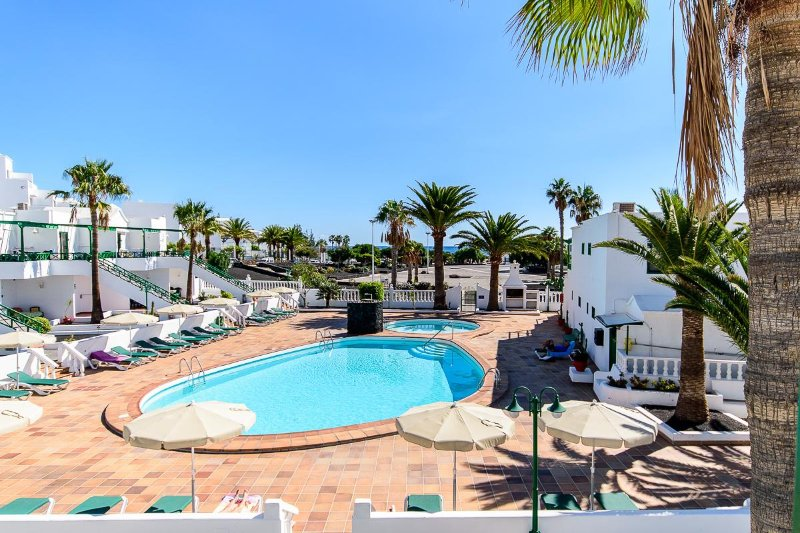 Gorgeous complex minutes from the stunning beach of Los Pocillos.