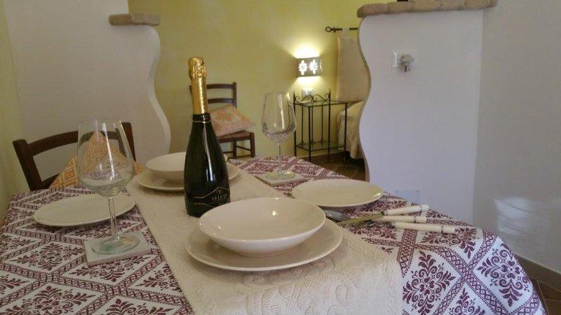 Sa Branda monolocale Sardegna, Ferienwohnung in La Pedraia