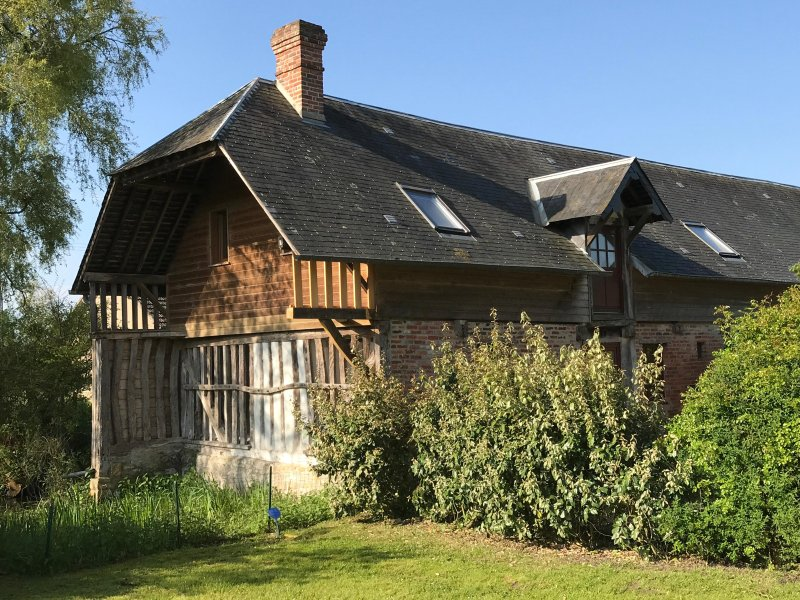 BELLE MAISON NORMANDIE, holiday rental in Troarn