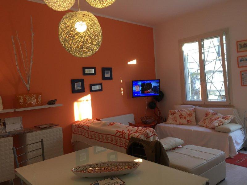 appartamento con terrazza su due livelli, vacation rental in Mazara del Vallo